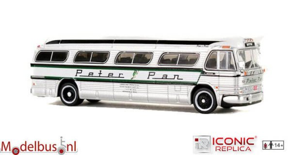 Iconic Replicas 087-0146 GM PD4104 Motorcoach: Peter Pan - Boston